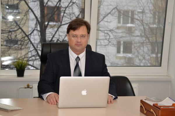 юрист международник спб